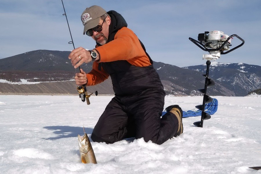 A Complete Guide to Help Prepare Yourself for Your Ice Fishing Trip